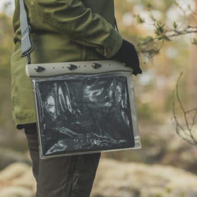 670 lifestyle2 waterproof ipad tablet case aquapac