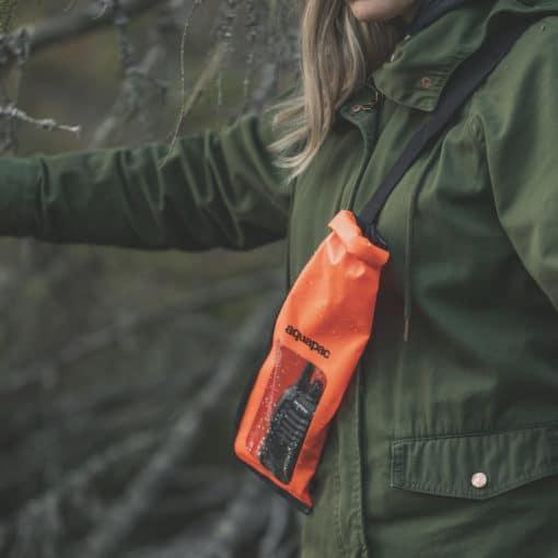214 lifestyle1 waterproof radio case aquapac